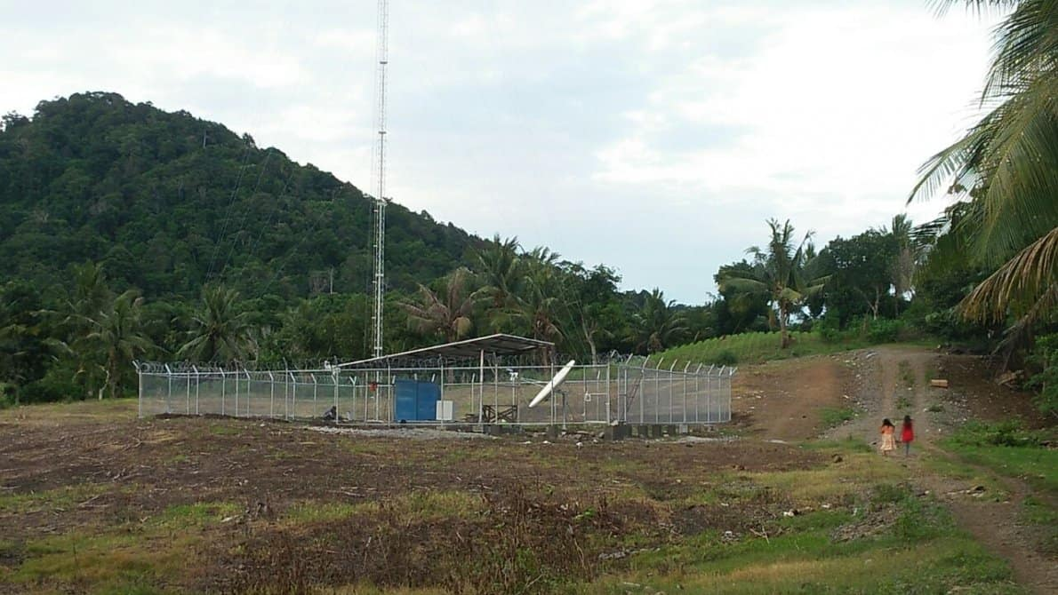 BTS USO jaringan telekomunikasi XL Axiata program Talonang, Sumbawa