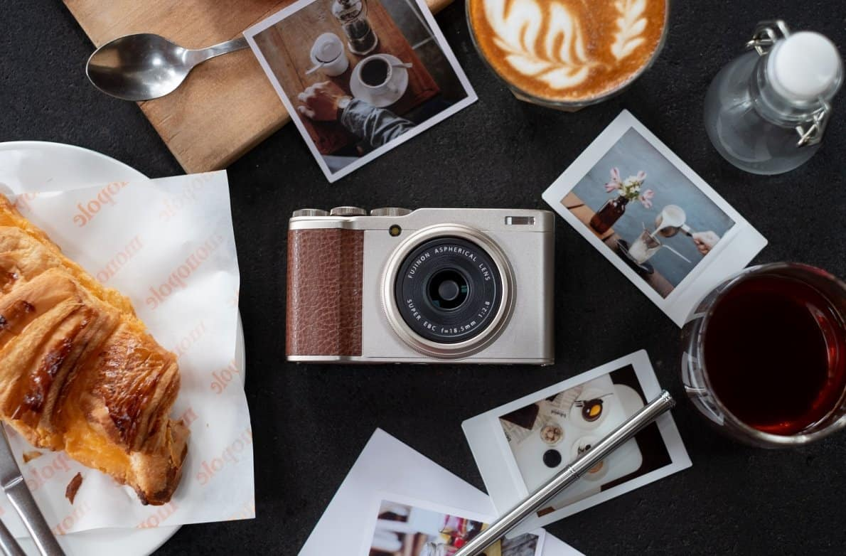Kamera Fujifilm XF10. Foto oleh marketeers.com