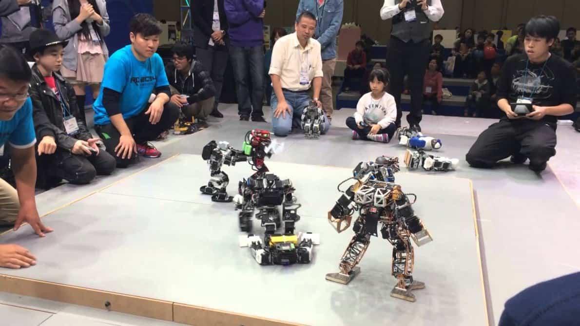 kompetisi robot