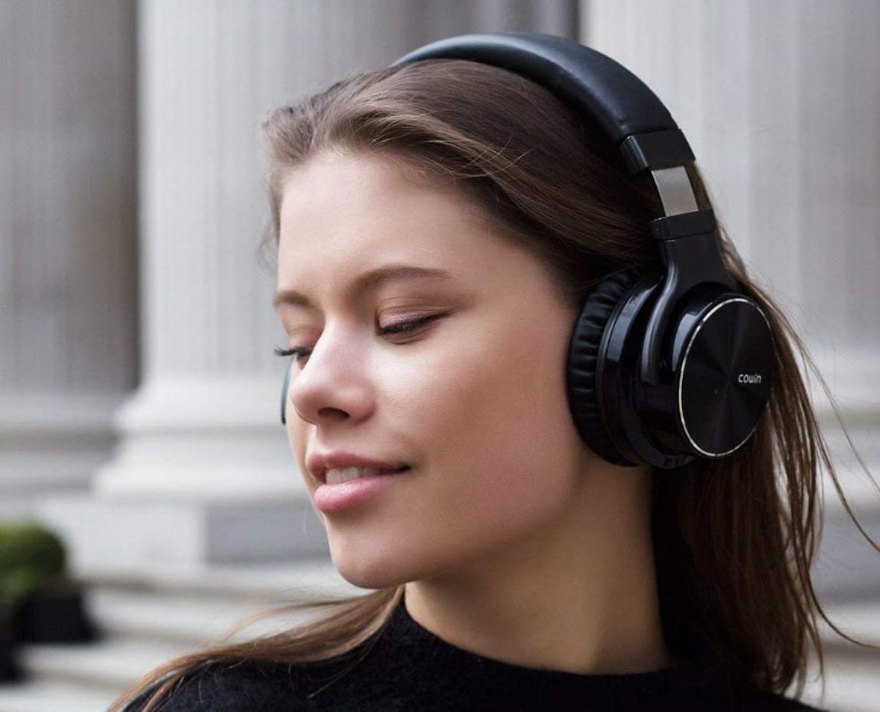 Headset Bluetooth Cowin