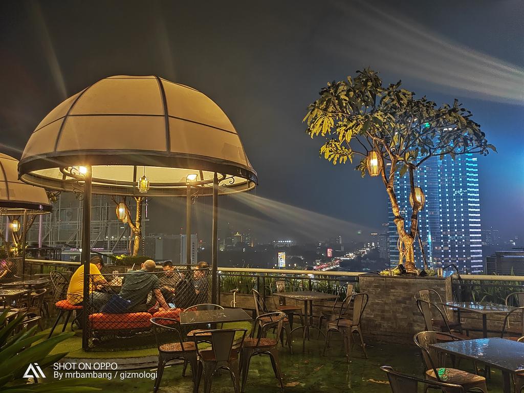 Rooftop Plaza Semanggi