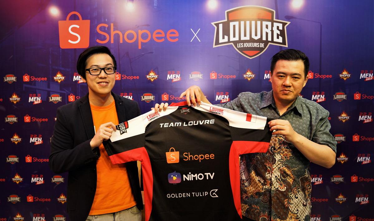 Shopee Fire Cup - Handhika Jahja, Direktur Shopee Indonesia dan Iwan Anfernee, Chief Operations Officer Louvre e-Sport team