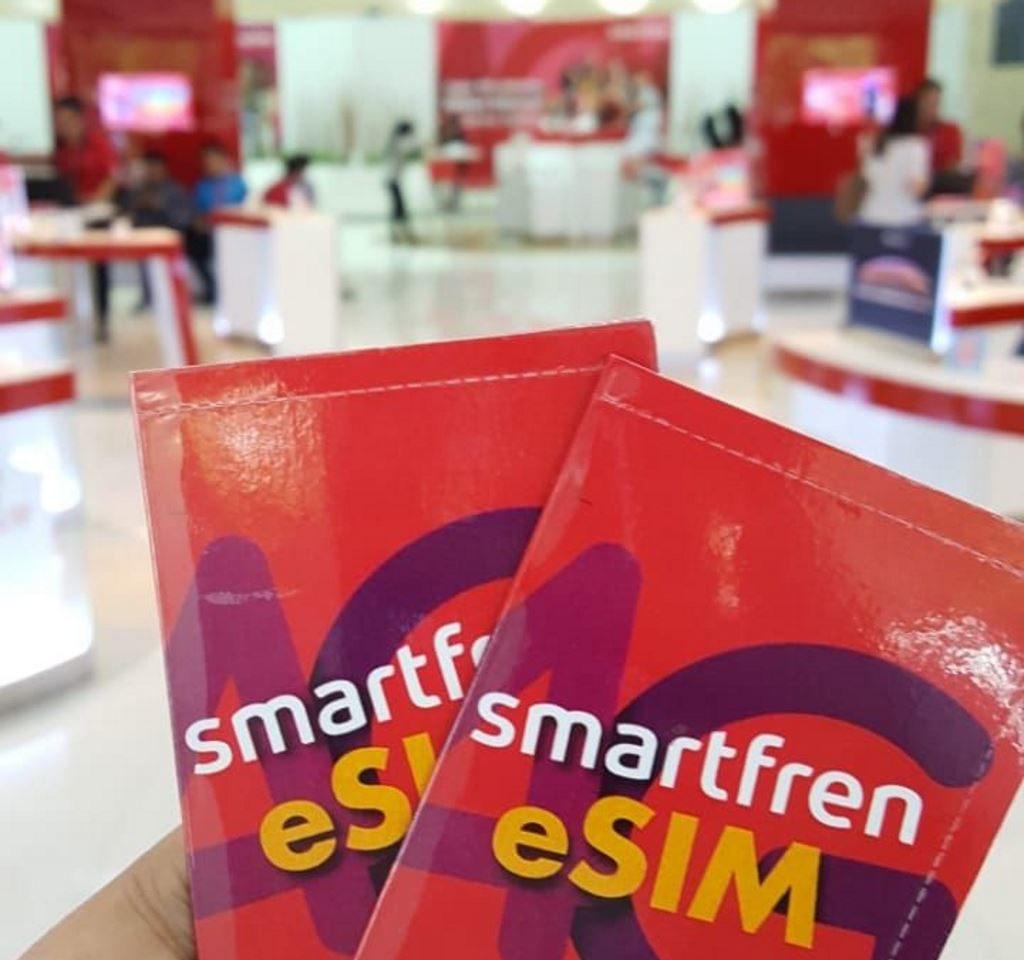 layanan eSIM Smartfren