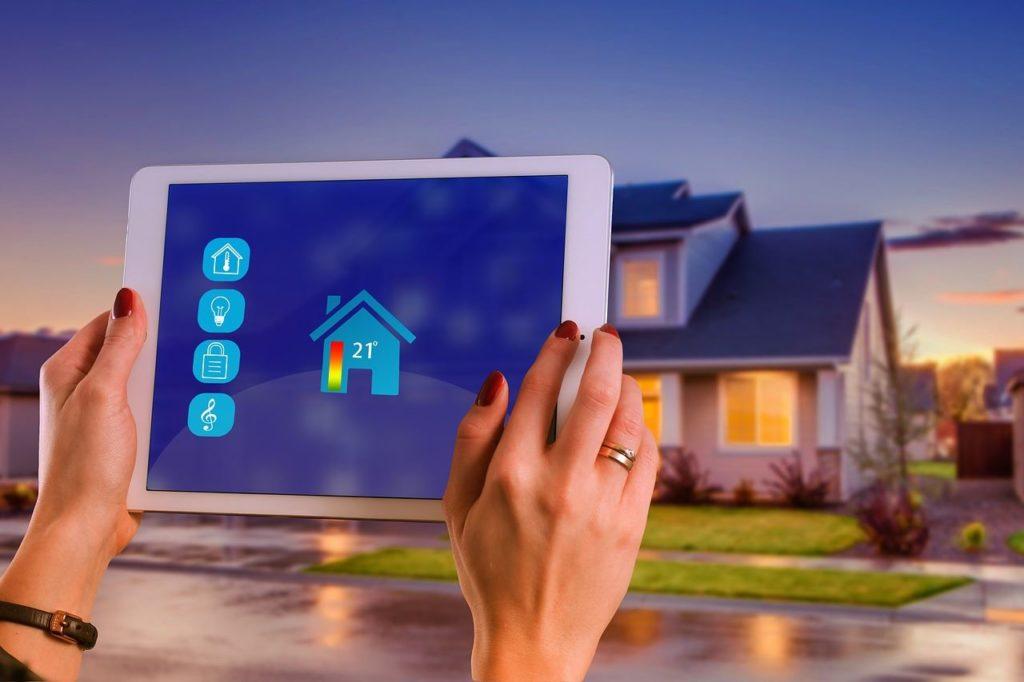 Terintegrasi dengan sistem smart home