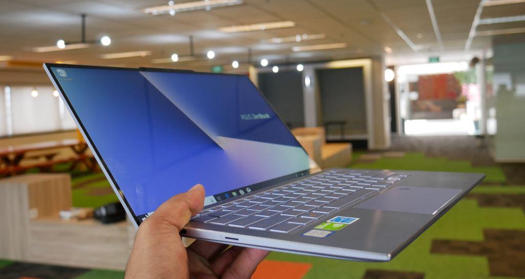 Asus ZenBook S UX392 desain