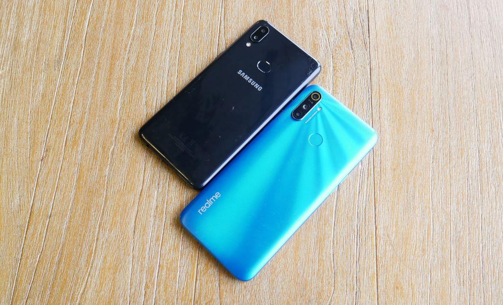 realme C3 vs Samsung Galaxy A10s desain