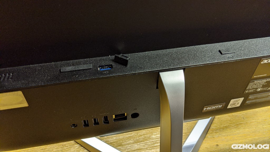 Kelengkapan port Acer Aspire C22