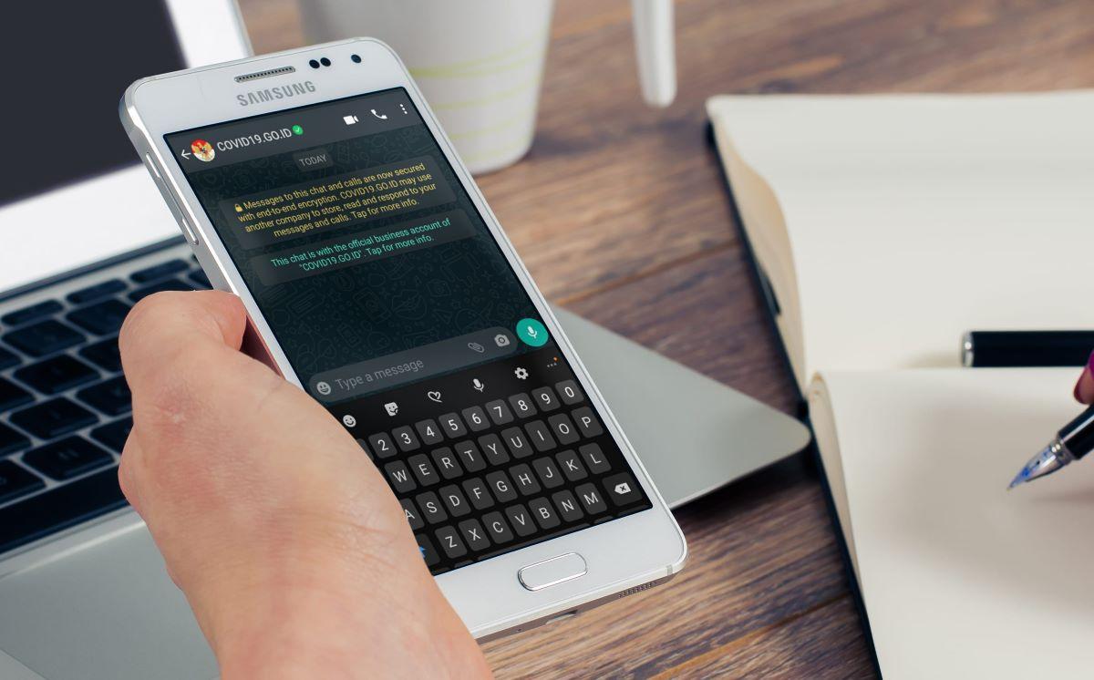 WhatsApp HotlineInformasi COVID-19