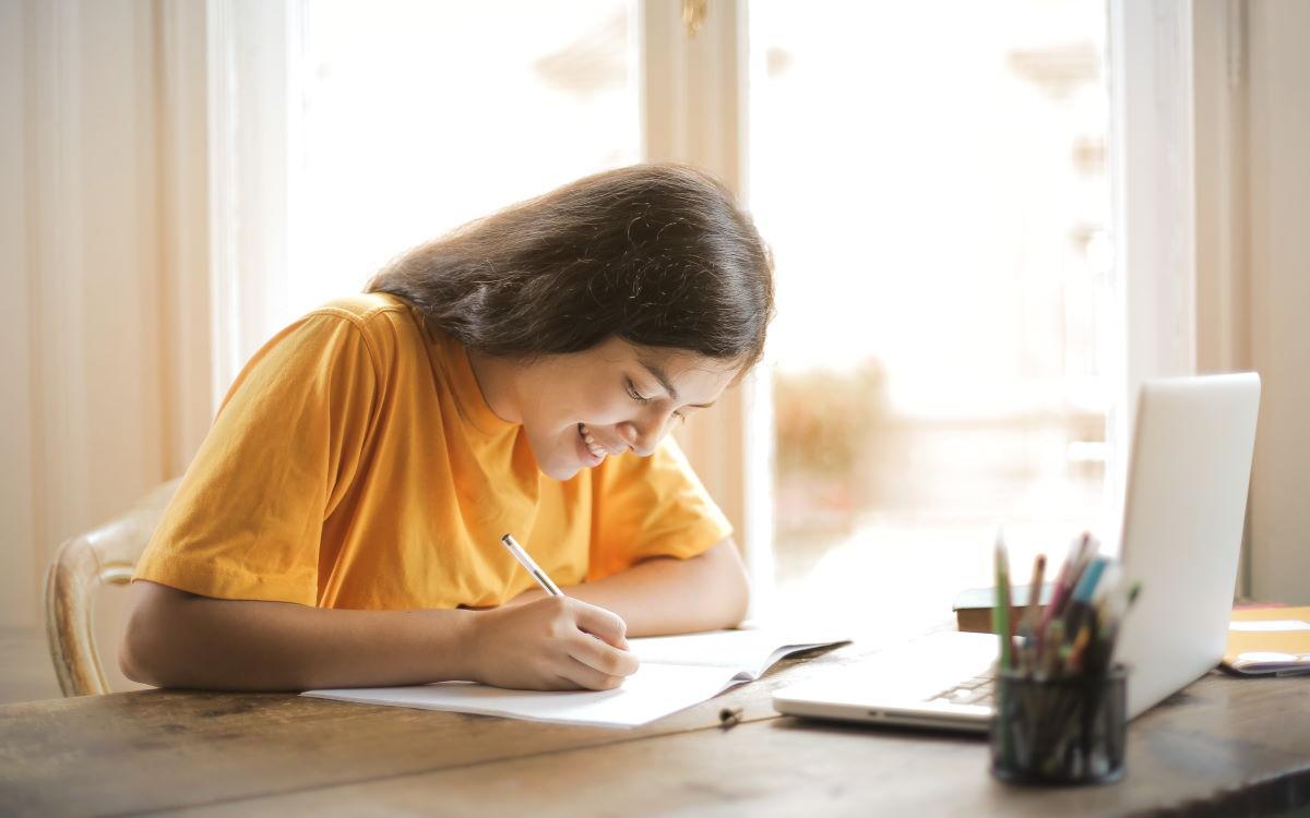 Belajar Di Rumah Cara Daftar Paket Kuota Edukasi Indosat Gratis 30gb