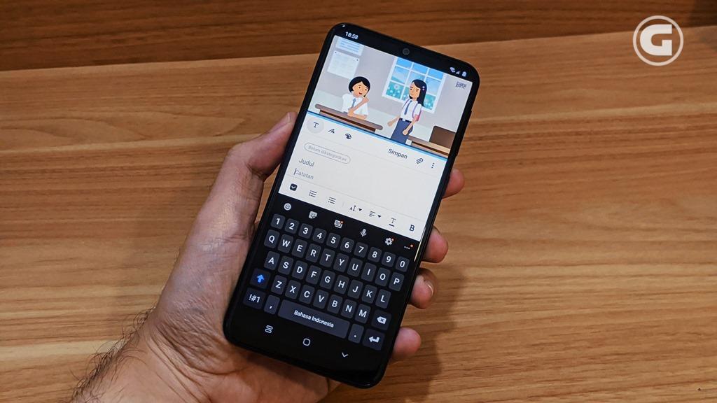 Multitasking Samsung Galaxy M31