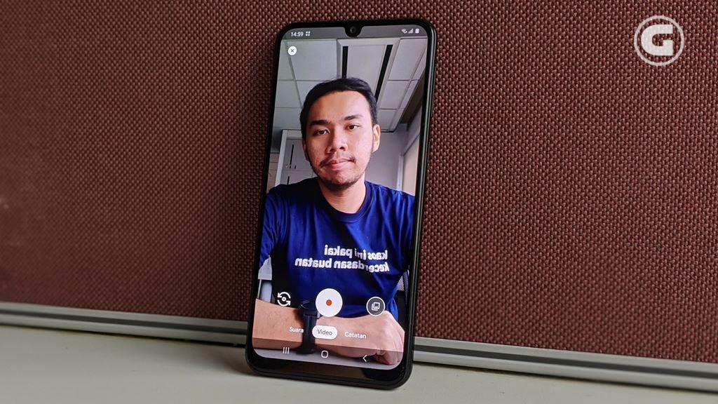 Layar besar Samsung Galaxy M31