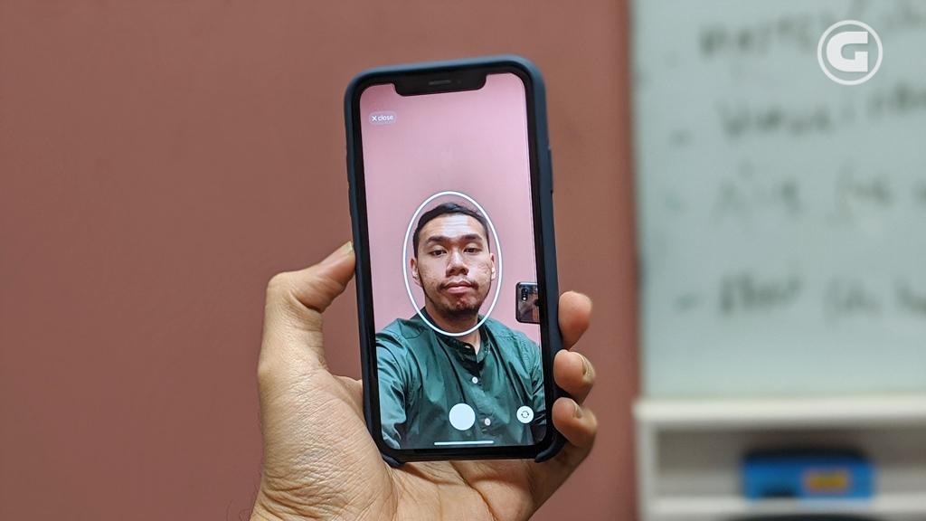 Scan wajah pada aplikasi Doublicat