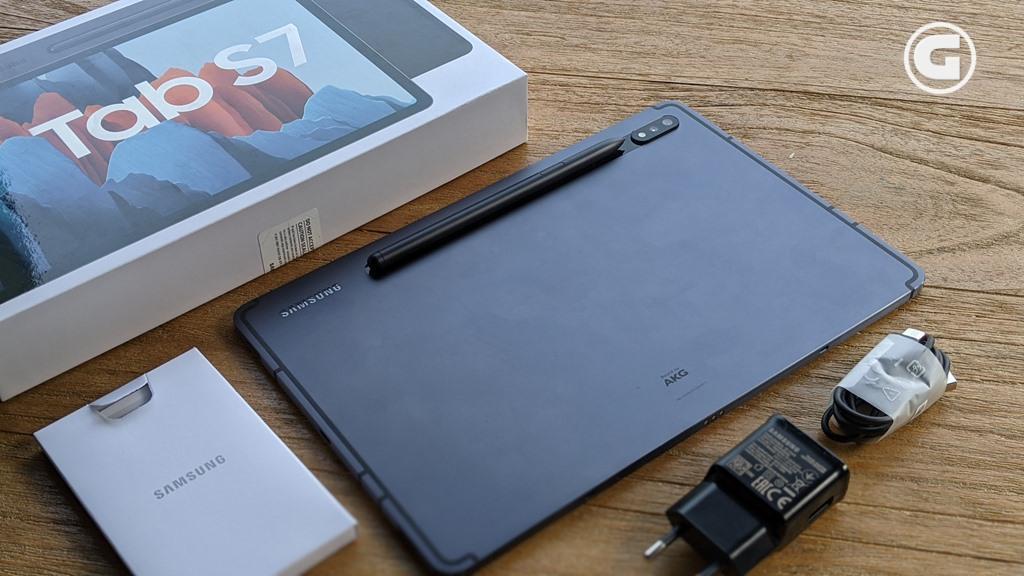 Kelengkapan Galaxy Tab S7