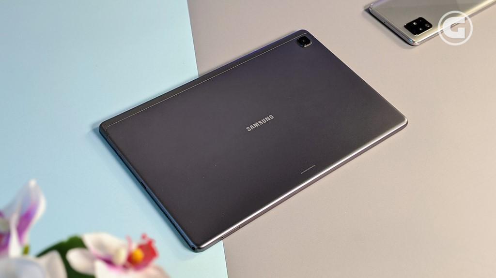Desain Galaxy Tab A7