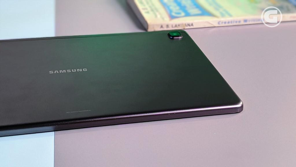 Ketebalan Galaxy Tab A7