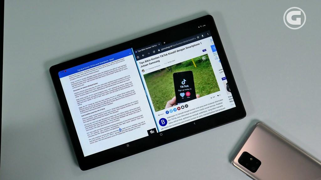Multitasking Galaxy Tab A7