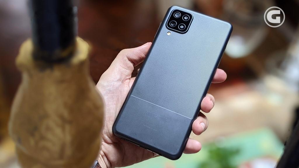Desain Samsung Galaxy A12