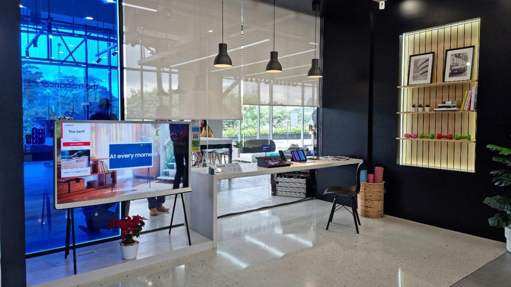 Area The Freelance - Samsung Multi Experience Store