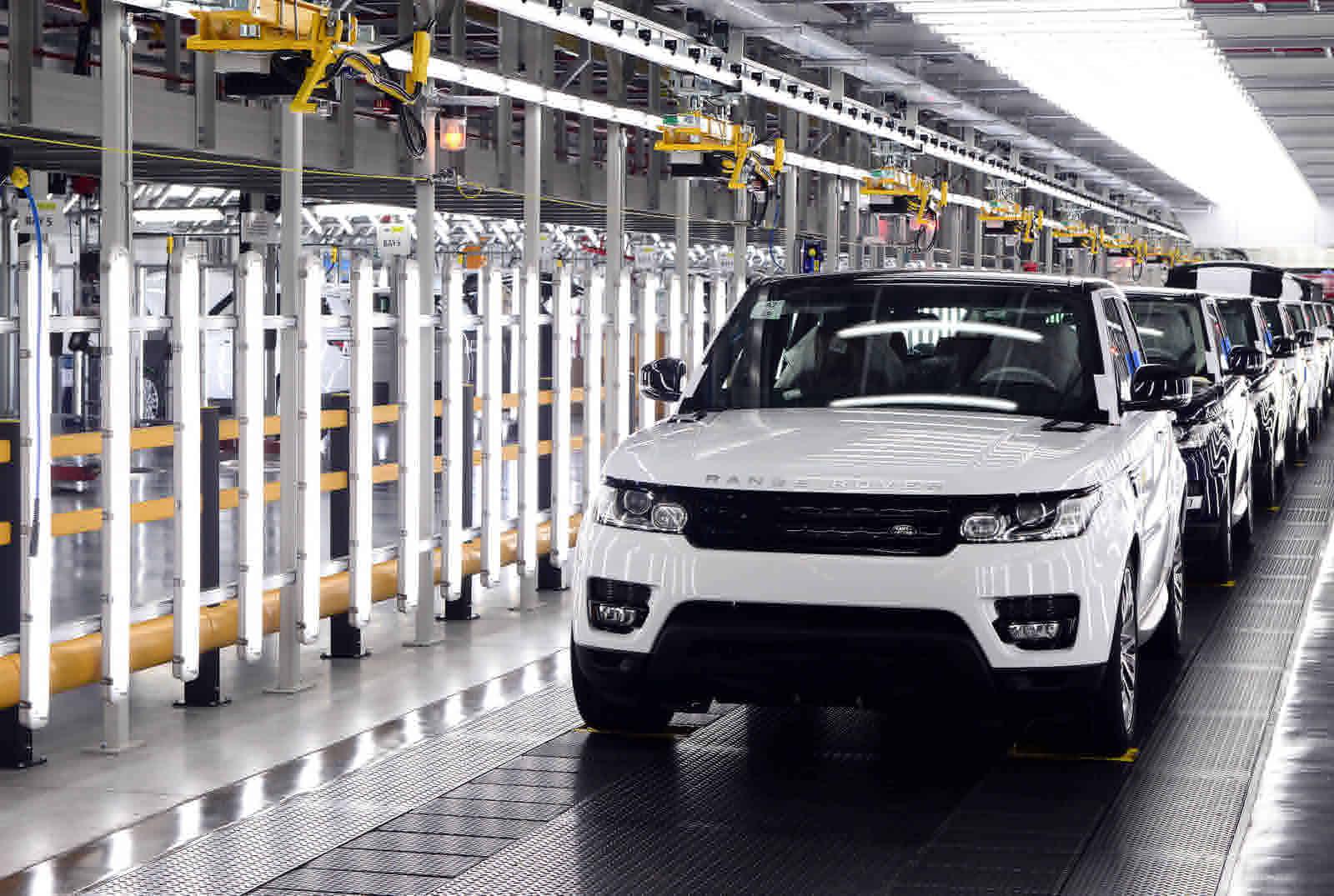 Penjualan mobil Land Rover