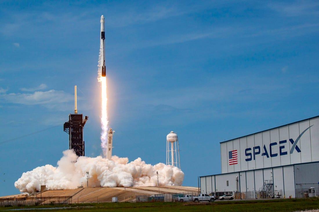 Space x satelit starlink